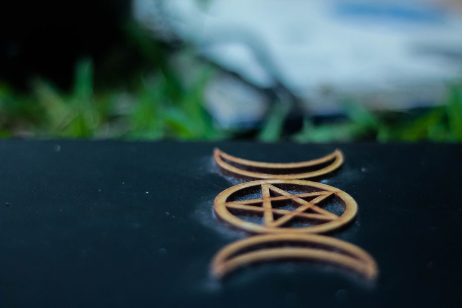 How to Charge a Pentacle Wicca